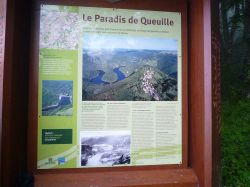 05 Auvergne. Village de Queuille