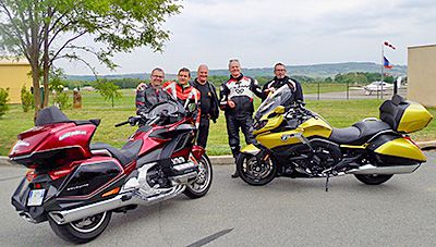 F7 Comparo Goldwing K1600