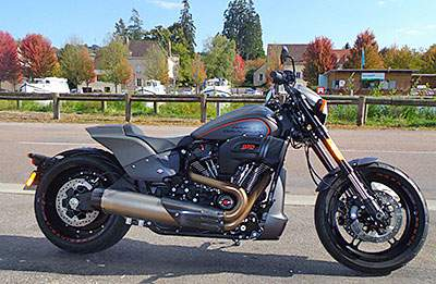 F2 Harley 1800 FXDR 114