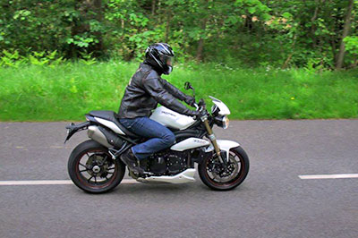 F8 triumph Speed Triple